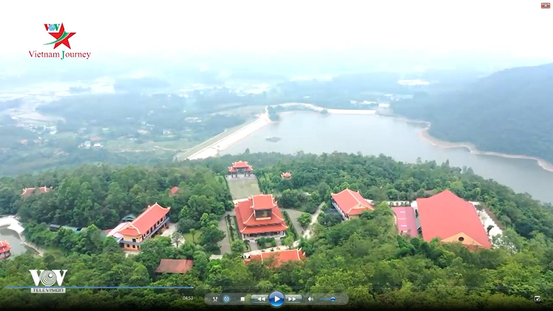Thiền viện Tuệ Đức - Đóa sen Bát Nhã giữa mây trời Sông Lô
